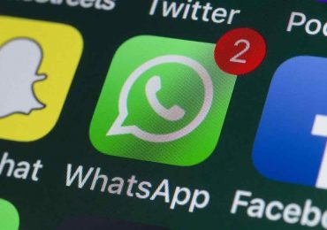Grup WhatsApp dan Facebook Jadi Sarang Hoax Tumbuh Subur